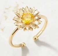 Anéis de casamento 2021 moda personalidade temperamento anel margarida girassol zircon feminino flor doce ajustável abertura