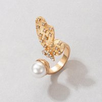 Pretty Butterfly Wings Gold Ring for Women Elegant Pearl Stone Alloy Metal Wedding Opening Ring Jewelry
