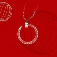 Мода простота ожерелье для ногтей в стиле Nail Geake Установить бриллиант Пара Подарок Дизайнер Ювелирные Изделия Топ Качество18-Карат Золото Есть много стилей на выбор