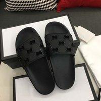가죽 샌들 여성들 럭셔리 데스러스 슬리퍼 패션 개성 Flops 브랜드 신발 Ladie 신발 샌들 오리발
