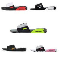 2021 Fashion Flat 90 Cojines zapatillas Flip Flops Funner Hombres Sandalia Negro Resina Playa Mocasines con caja 36-45