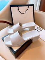 2021 Designer Frauen Mode Sandalen High Heels Hausschuhe Gummi Slide Sandale Plattform Slipper Chunky Ferse Höhenschuhe Sommer geprägte Flip Flops mit Box