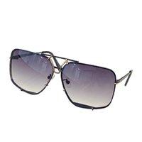 Sunglasses For Men and Women Summer style P8928 Anti-Ultraviolet Retro Square Plate Metal Invisible frame fashion Eyeglasses Random Box