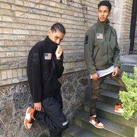 2020 Hombre Hip-Hop Street Moda Chaquetas Hombre Cortavientos NANO NANO Impermeable Tela a prueba de viento Tela Importada Fleece Extrementado Faux Abrigo de piel