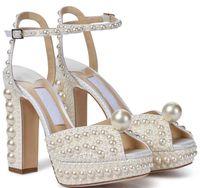 Elegante vestido de novia de novia zapatos Sacora Lady Sandals Pearls Cuero Marcas de Lujo Tacones Altos Mujeres Caminando con Caja, EU35-43