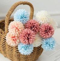 الأقحوان الاصطناعي الزهور الأخضر يترك الحرير وهمية الكرة زهرة الزفاف الديكور العروس باقة المنزل العشاء الجدول الديكور GWF7223