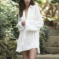 Branco flare de manga longa praia capa de natação de mulher blusa camisa de algodão sexy profundo v ncek boho túnica puxar