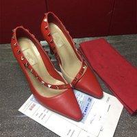 3 Zapatos de vestir de mujer de Clour Tacones altos Tacones altos Rojos Diseñadores de mujeres Genuinas Bombas de cuero Lady Sandalias Boda Boda Boda con caja Negro Dorado Oro Zapato