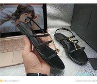 2020 Top Designer di alta qualità Donne Sandali Donne Summer Genuine Pelle di pecora Pelle di pecora Soletta Triple S Casual Signore Luxury Signore Piattaforma Pantofole Pantofole