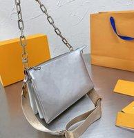 2021 Tasarımcılar Luxurys Crossbody Zincir Omuz Çantası Kuku Çanta Çanta Moda İleri Kadınlar Mesaj Çanta Kutusu