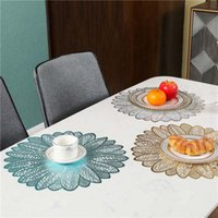 Runde Tischsets Tisch Pad Hot PVC Hohl Isolierung Untersetzer Pads Tischschale Matten Home Weihnachtsdekor Hitzebeständige Tischsat EWA4785