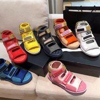 2021 Sandalias altas de altas sandalias de verano Desgaste de la moda de las mujeres Deportes de las zapatos de playa de Suela gruesa Gancho y lazo Mujeres embarazadas Antideslizante suave Luz inferior
