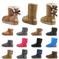 Kadınlar için Kadın Tasarımcı Çizmeler Platformu Patik Wgg UG UGGS Avustralya Retro Klasik Ayak Bileği Kar Boot Kürklü Kürk Kış Kestane Siyah Gri Yay Sıcak Açık Ayakkabı