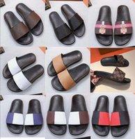 T102 Ultimi uomini di alta qualità in pelle e donna sandali pantofole casual casual