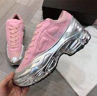 패션 신발 원본 Raf Simons Ozweego III 스포츠 남자 여성 Clunky Metallic 실버 스니커즈 Dorky 캐주얼 신발 크기 36-45 H62