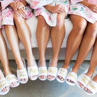 النعال شخصية الزفاف مع اسم الذهب القطيفة العروس العروس هدايا طباعة مخصصة أحذية باكيلوريت حزب تفضل
