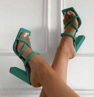 Zapatillas de mujer bombas 2021 verano nuevo nuevo tacones altos sexy sandalias de punta abierta hembras resbalones casuales en zapatos comodidad transpirable más tamaño dfgreye8979