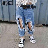 Jewazol Vaqueros de verano para niñas Moda Holido roto Pantalones de mezclilla Pantalones pequeños Pantalones Pantalones de adolescentes Ropa para niños 210909