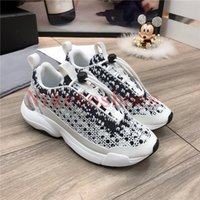B24 Sneaker Beyaz Ve Siyah Eğik Tuval Luxurys Tasarımcılar Ayakkabı Trainer Iki Tonlu Kauçuk Taban Pamuk Danteller Teknik Spor Runner 24 Günlük Ayakkabı