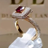 Luxo Clássico Cristal Cúbico Zircão Mulheres Anel com cor Vermelha Quadrado Princesa Corte de Casamento Anniversary Presente Anéis de Jóias