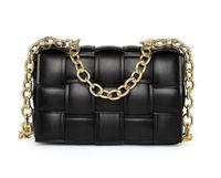 2021 سيدة كاسيت b v أكياس الأزياء حقائب مصمم الشهيرة الكافيار جلد طبيعي محفظة سيدة الصليب الجسم مبطن رفرف مربع حقيبة محفظة