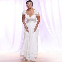 V Neckline Plus Size Wedding Dresses Bridal Gowns Lace Applique Capped Sleeves Zipper Back Robe De Marrige A Line Dress