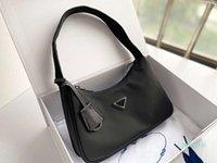 Дизайнер - высококачественная модная сумка для наплечных сумки нейлоновая кожаная сумка для подлокотчики леди кошелек Crossbody Hobo сумки