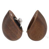 Scatola anello a forma di cuore Confezione Party Favore 50 * 56mm Caso di gioielli in legno di noce magnetica per proposta di nozze Negozio di fidanzamento Sea BWC7538