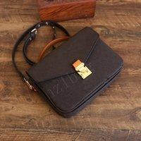 Yüksek Kaliteli Omuz Çantaları Luxurys Tasarımcılar Messenger Çanta Kadın Tote Moda Çanta Vintage Baskı Klasik Crossbody Çanta
