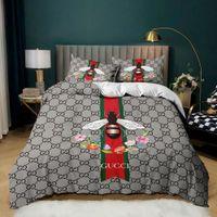 Роскошный дизайн писем типография постельного белья, гипоаллергенный двухместный люкс, подходит для друзей / семьи / для взрослых, с 1 одеялом + 2 наволочка