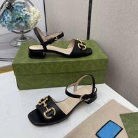 2021 Sandal Terlik Elbise Ayakkabı Kadınlar Güzel Sivri Temizle Kristal Yüksek Topuk Stilettos Seksi Pompaları Yaz Ayakkabı Peep En Kaliteli Kutusu Ile