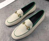 Designer Frauen Maultier Schuhe Branded Snake Biene Sterne Müßiggänger Ledersohle mit doppeltem Alphabet Pferdeschnalle Princetown Mode Metallschnalle Beiläufiger Schuh