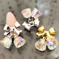 2 PCS / Pack Coréia Luxo Glitter Colorido Cristal Rhinestone Arco Pendente Bells Metal Nail Art Peças DIY Acessórios Encantos Decalques decorações