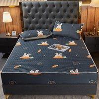 Levhalar Setleri 1 Adet Lateks Gömme Sac Baskı Katlanabilir Soğutma Yaz Uyku Mat Kraliçe Boyutu Güzel Yatak Koruyucu Serin