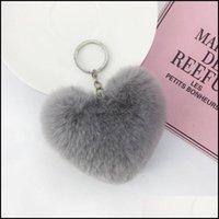 Fashion Aessories Faux Soft Keyrings Rabbit Pom Heart Keychain Alloy Key Ring Fluffy Fur Ball Keychains Women Bag Cell Phone Car Charm Penda