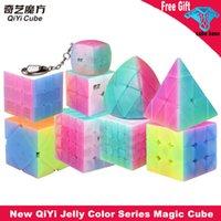 Vendita calda Qiyi Jelly Color Magic Cube 2x2 3x3 4x4 5x5 Pyramid Keychain Speed Cubes Education Puzzle Giocattoli per bambini