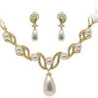 Goccia placcata in oro goccia perla e strass cristallo collana da sposa e orecchini set di gioielli da sposa 1048 Q2
