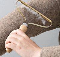 Portatile Legno Lint Remover Maglione di lana Strumento pulito Abbigliamento Pulizia PULIZIA FUZZ Shaver Maglioni multi-tessuto pettine con capelli in acciaio Net Pet Capelli Q16