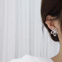 Luxury designer diamond stud earrings high quality brass material earring fashion accessories earwear for ladies wedding gift