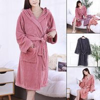 Towel Microfiber Bathrobe 2 Pockets Design Water Absorption Light Breathable Extra Large Bath Wrap For Men And Women HANW88