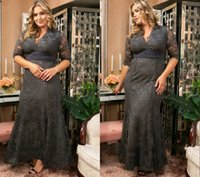 Classic Gray Mermaid Plus size Bridesmaid Dresses with Sleeves Lace Bodice V neck Hollow Back South African Floor Length Formal Prom Evening Party Dress