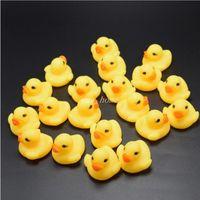الجملة الطفل حمام المياه البطة مصغرة العائمة البط الأصفر البط مع دش الصوت السباحة شاطئ اللعب لعبة للأطفال