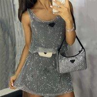Robe de gilet de maille de strass brillant avec une jupe de base marque marque dames fête fête club robe d'argent