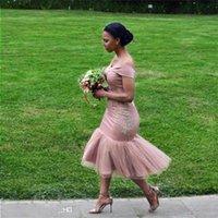 Robes de demoiselle d'honneur courtes 2021 Blush rose Pays Depuis l'épaule Beach Beach Fête de mariage Robes Arabe Dubaï Junior Maid of Honor Robe Adox