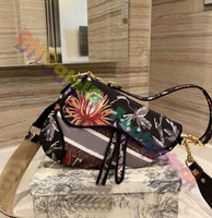 2021 عالية الجودة أكياس السرج الكلاسيكية المصممين المصممين الصليب الجسم حقيبة يد النساء حقيبة السيدات حقائب السيدات حقائب جلدية جودة عملة بطاقة محفظة رفرف محفظة