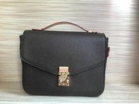 Luxurys Frauen Designer Handtasche Crossbody Messenger Bag Pochette Elegante Umhängetaschen Anmutige Klappe Einkaufen Tote