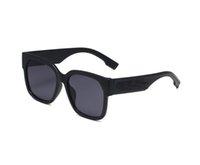 المرأة الصيفية للجنسين الأزياء الكلاسيكية واضح عدسة نظارات شمسية رجل القيادة شاطئ الدراجات في الهواء الطلق الرياح نظارات الشمس النساء غوج شفافة 4 ألوان إطار كبير