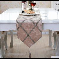 Fashion Flage Europeanstyle Highend Coffee Cloth Rhombus Table Runner Piano Cover Christmas Decorations 201203 2B5C2 4G6Bj