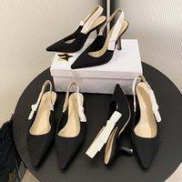 Классические дизайнерские каблуки женские платье обувь вышитые ленты украшенные плоские луки сандалии логотип каблука ткань науки и технологии сандалии с коробкой