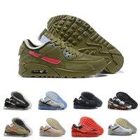 2021 90 Kuddare löparskor Utomhus Av vägtränare Kvinnor Walking Desert Ore Triple Black White Racer Sneakers Storlek 40-46